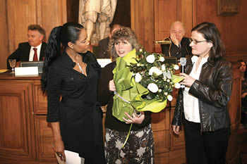 """Marion Hammerl, President of the Global Nature Fund, is winner of the prestigious international """"Trophée de Femmes Prize"""" of the Yves Rocher Foundation in Paris"""